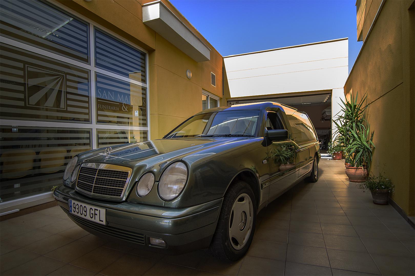 coche-1080